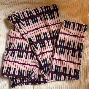 Lularoe OS leggings in Piano Key print